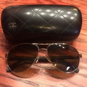 Chanel sunglasses with case - aviators
